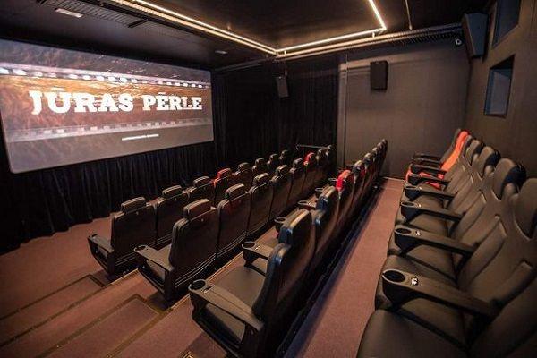 Луксозни кожени кресла и фотьойли за кино