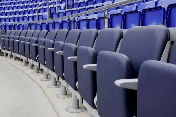 Сгъваеми седалки и столове за стадион